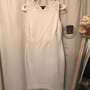 H&M Dresses - Super cute H&M dress with lace detail and back